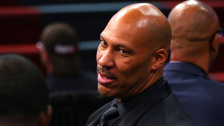 Donald Trump responds to LaVar Ball by tweeting he should have left UCLA players in jail