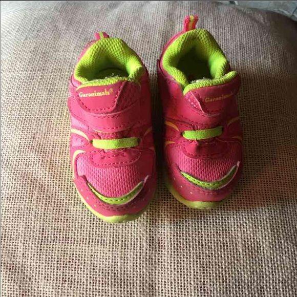 Die besten 17 Ideen zu Girls Tennis Shoes auf Pinterest | Nike ...