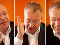 Nokia CEO Stephen Elop: We'll spend to break through (Q&A) On the eve of launching its Nokia Lumia 920 smartphone with AT&T, CNET sat down with Nokia's CEO to talk rivalry, Nokia's challenger mindset, and making it in America.