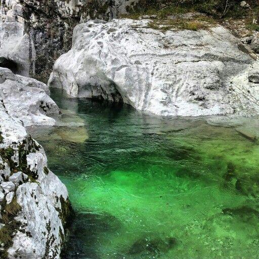 Torrente Arzino, una meraviglia di colori che costeggia Forgaria nel Friuli
