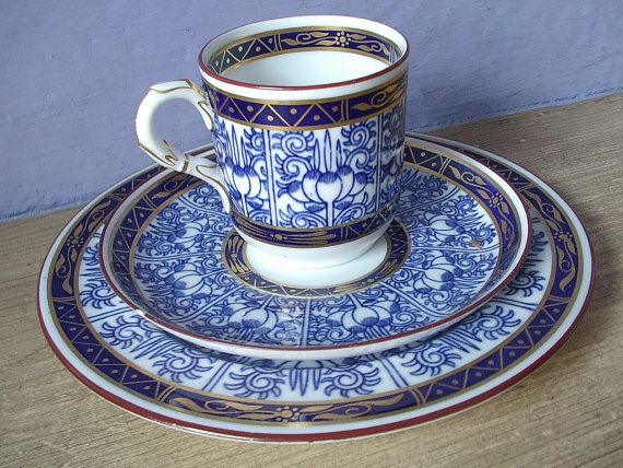 Antique 1912 Royal Worcester blue and white tea cup trio, Vintage blue English tea set, blue and gold porcelain tea cup and saucer,