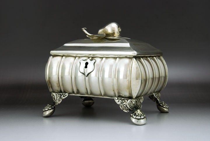 Casket sugar bowl, Vienna
