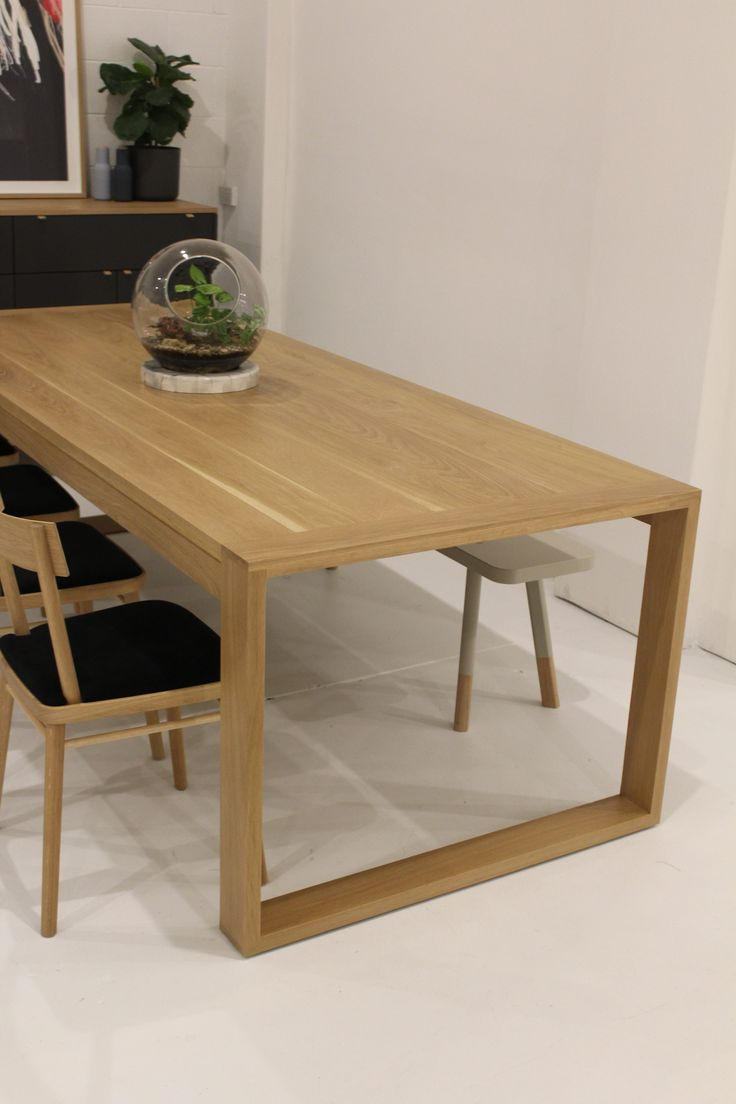 Tilly Dining Table