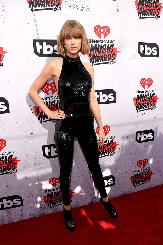 En los iHeart Radio Music Awards