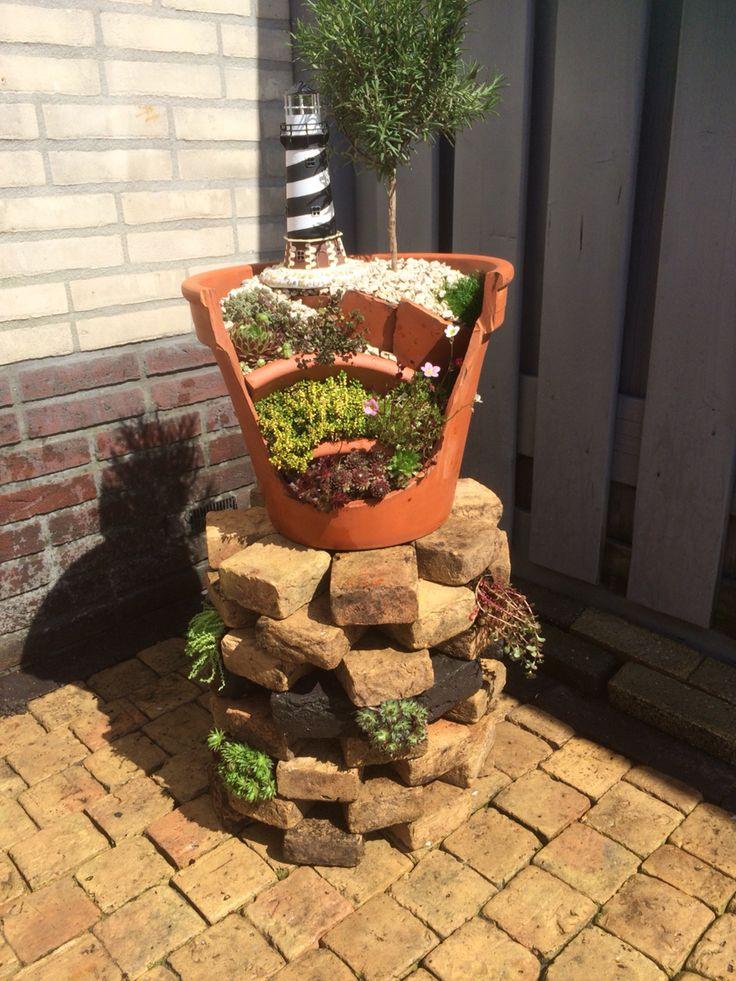 Flowerpot broken