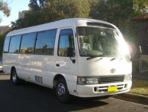 The best value minibus hire with driver in Brisbane, 12 and 16 seat minibuses availalble for any occasion.