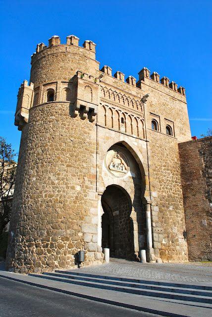 Puerta del Sol, mudéjar,  siglo XIV. Toledo, España