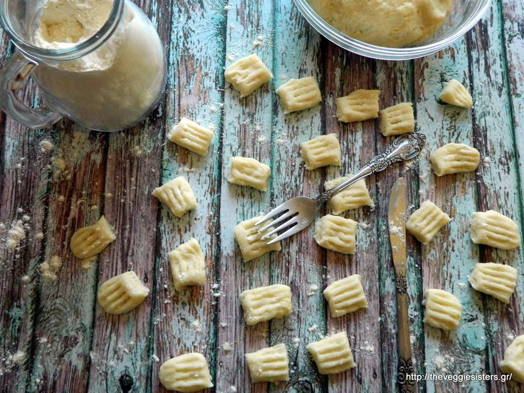 Homemade gnocchi Ingredients (serves 2): 500 gr.potatoes 100 gr. all purpose flour a pinch of salt