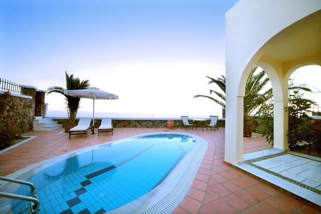 Villa Hera with private pool - Pantheon Villas Imerovigli Santorini