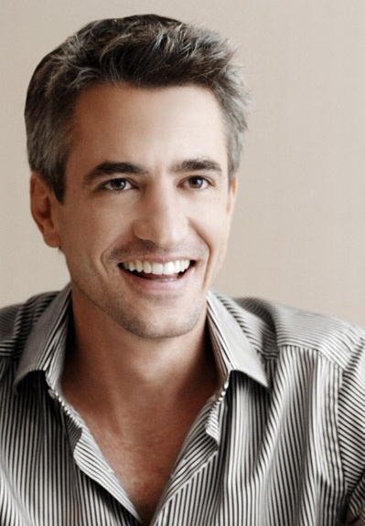 one of the two men I would put age aside for! Dermot Mulroney
