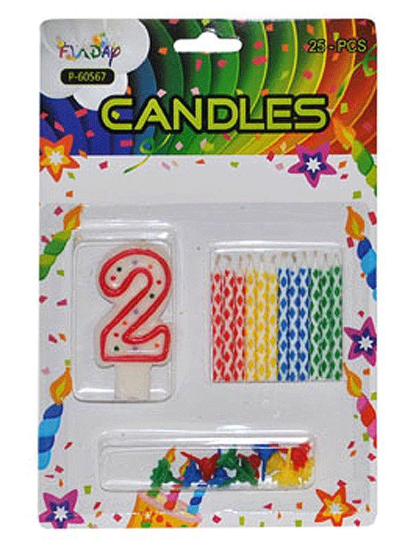 Verjaardag kaarsen set nummer 2. Deze kaarsen prikt u bijvoorbeeld in een verjaardagstaart. U ontvangt een groot cijfer en 12 kleine gekleurde kaarsen. Inclusief prikker.