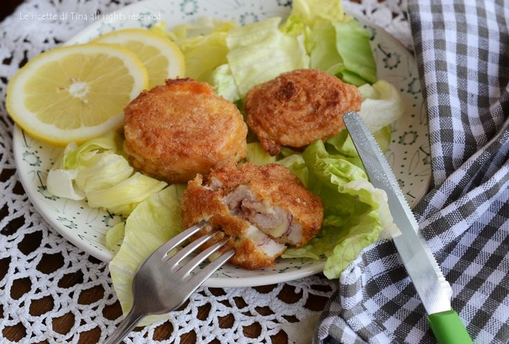 Girelle di pollo con prosciutto cotto e formaggio