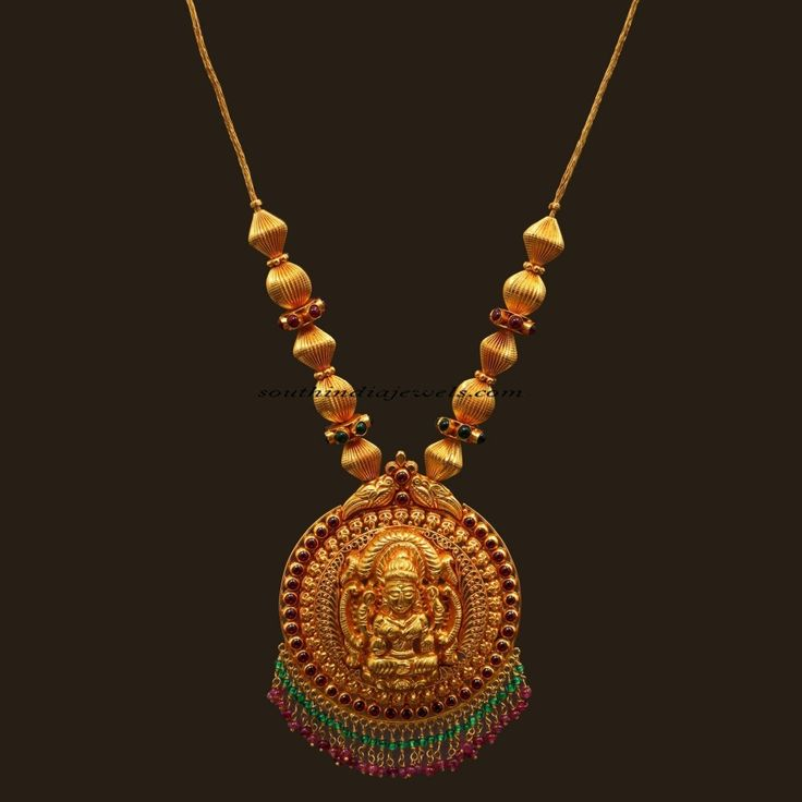Antique jewellery necklace with lakshmi pendant - South India Jewels