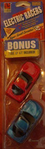 Lifelike HO Scale Chevy Corvette 2 Pack Slot Car set:   Magna Traction keeps car on Trach  Hi Speed