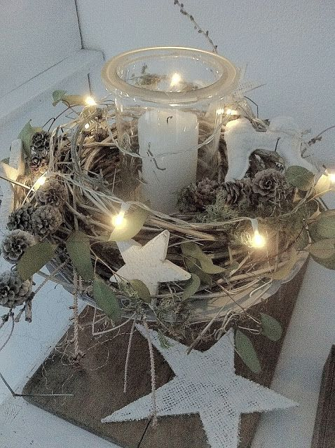 Oooh, maybe with Spanish moss and eucalyptus in a hypertufa | White Christmas wreath. Front door?