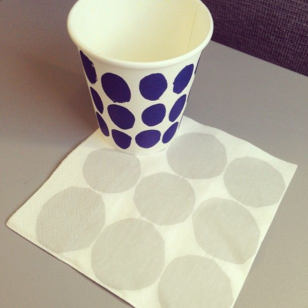 Marimekko paper cups. Photo by iczz