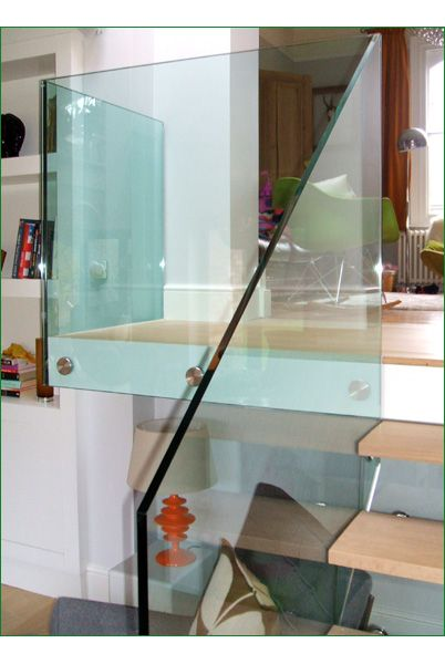 Archer Glass Staircase