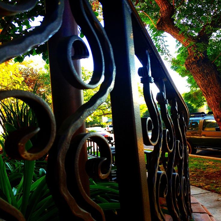 The singing iron rail