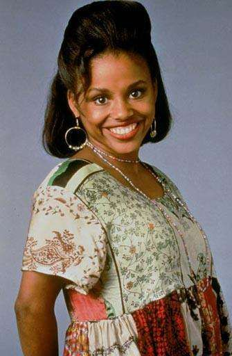 Michelle Thomas, age 30 died 1998  from rare stomach cancer   (family matters)  RIP