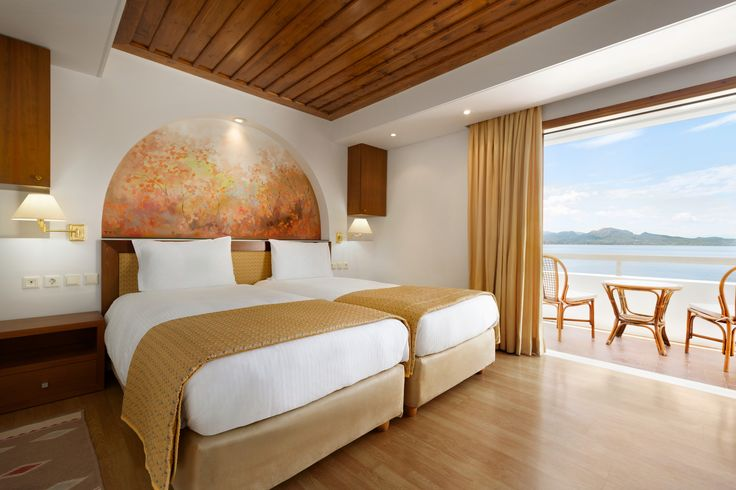 Holidays are all about relaxing and a having a good time. So imagine waking up on this super comfy bed and to this breathtaking sea view just outside your window!