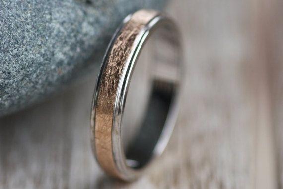 Rose Gold Wedding band K18/White Gold Wedding band K14/Two tone band/Textured ring/Man's wedding band/Woman's wedding ring/Couple's rings
