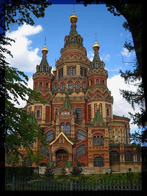 Church of Saints Peter and Paul, Peterhof, St. Petersburg.