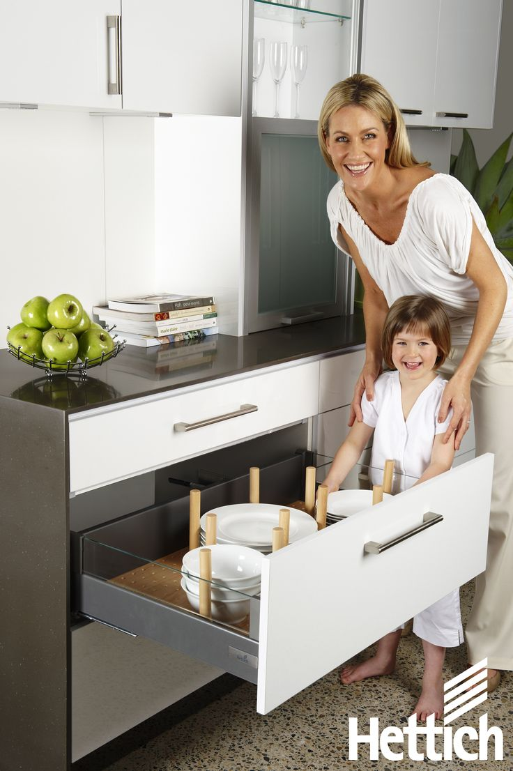 The InnoTech drawer system from Hettich has multiple interior organisation systems to suit any taste. Click on the pin for more inspiration & information! #kitchendrawers #organization