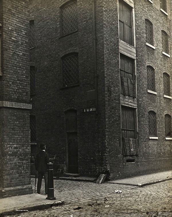 Lost in Old London – Rose Alley, Southwark, c. 1910