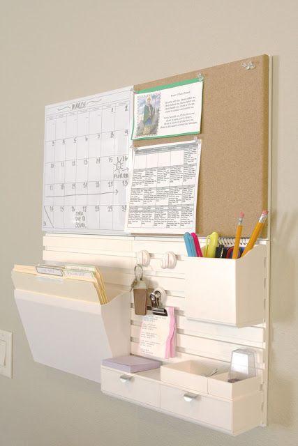 Un bonito tablero para organizar un espacio pequeño de oficina en casa. Ideal para una emprendedora.