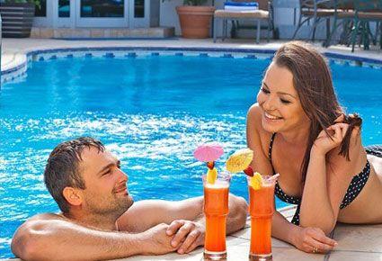 (ΝΕΟ!) Δροσερές Απολαύσεις! ΕΙΔΙΚΗ ΤΙΜΗ!!! €16 για 1 Ολοήμερη Είσοδο και Χρήση Πισίνας με Ομπρέλα και Κρεββατάκι, Γεύμα σε Μπουφέ και 1 Ποτό στο Harmony Bay Hotel στη Λεμεσό.