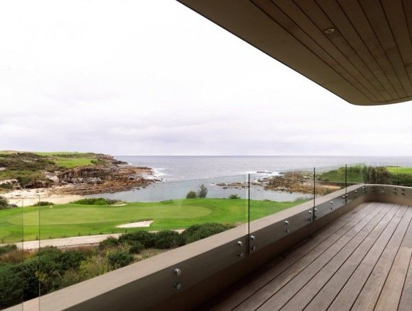 Beautiful Landscape View from Luxury Rustic House with Contemporary Design in Sydney Australia 600x453 Luxury Rustic House with Contemporary Design in Sydney, Australia
