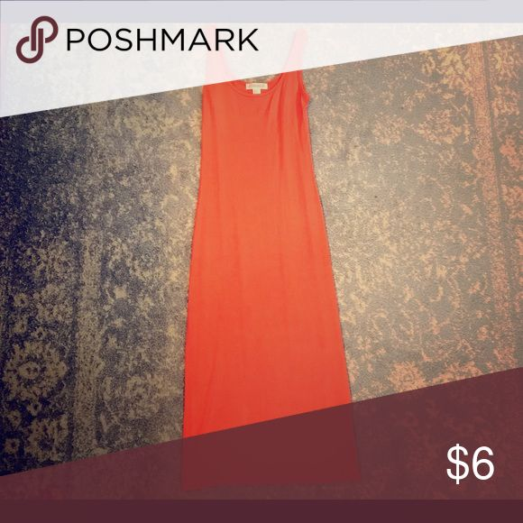 Tight Salmon Color Dress😍 Tight fittings Salmon color tank top dress. Goes down a little passed the knee Dresses Midi