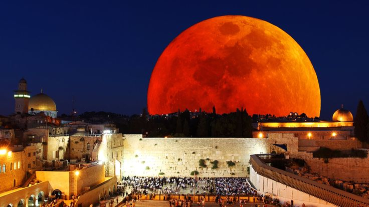 the changes and events at the temple of jerusalem Control of the temple has remained with the descendants of zadok, high priest in   he then rededicates it to the one god - an event celebrated each year in the   these christians in jerusalem, and the city, benefit from a change of religious.