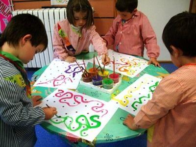 LA BRUIXA PERICUIXA.-Educació infantil-.: GRAFISME-FEM LINEES CORBES