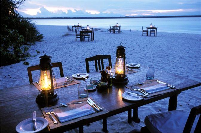 Mnemba Island, Zanzibar, Tanzania © Corbis