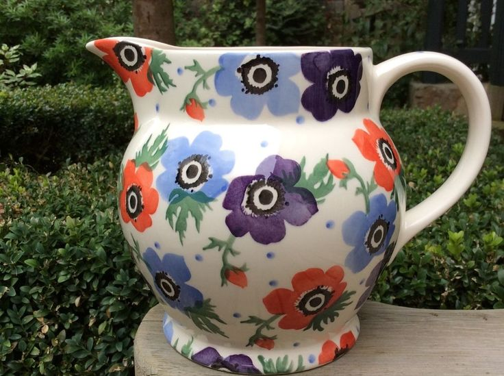 EMMA BRIDGEWATER Liberty London . Anemone . 3 pint JUG . Flowers