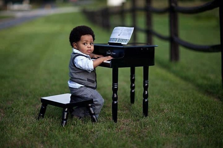 Mini Schroeder!  simply precious!!!: Concerts, Baby Blue, Parks Benches, Sons, Songs, Adorable, Minis, John Legends, Funny Kids