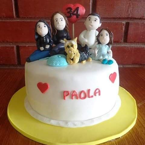 #family #fondant #cake by Volován Productos  #instacake #Chile #puq #VolovanProductos #Cakes #Cakestagram #SweetCake