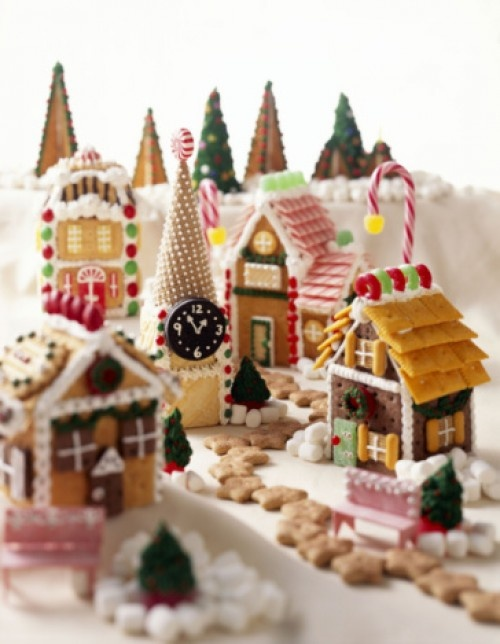 Gingerbread house ideas tons