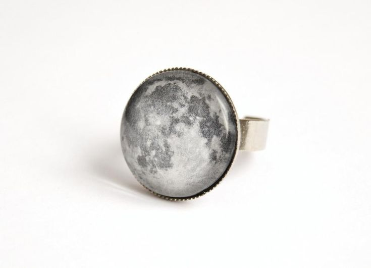 Moon Adjustable Ring With Glass Cabochon | LuullaEtsy, Style, Moon Rings, Adjustable Rings, Cabochon 10, Glasses Cabochon, Pretty Shiny, Awesome Things, Moon Adjustable