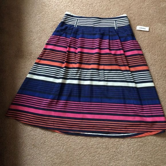 HP: Summer to Fall Old Navy skirt/ Size L NEW w/ tags-27 inches long-very cute for summer to fall-pockets-lined-belt loops Old Navy Skirts
