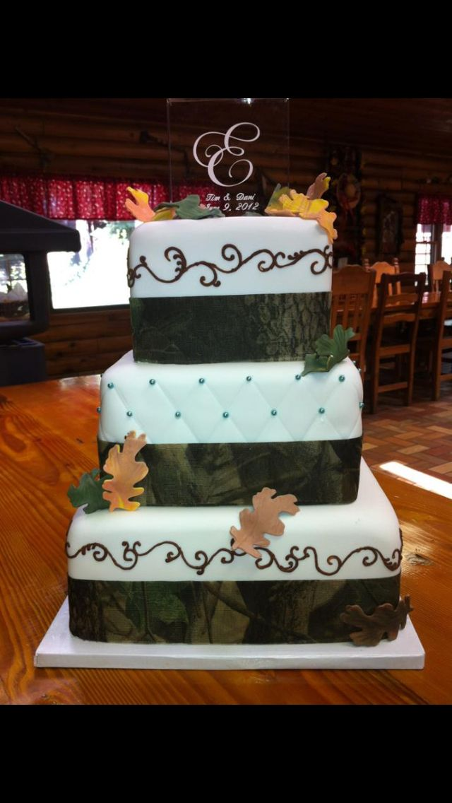 Mossy Oak Wedding. I hope the groom wouldn't frown upon this