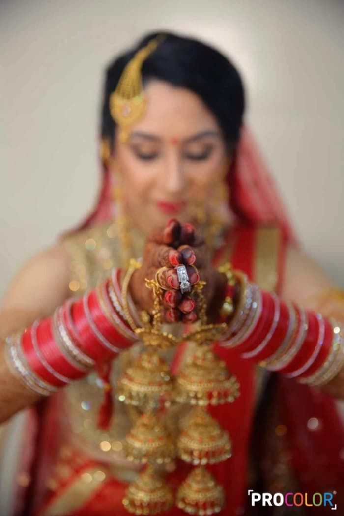 Jewellery - The Wedding Ring! Photos, Punjabi Culture, Beige Color, Make Up, Bridal Makeup, Mangtika pictures, images, Vendor credits - WeddingPlz