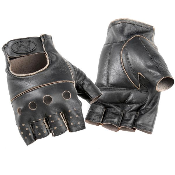 www.mototurismo.fvg.it  Abbigliamento moto. Guida all'acquisto di caschi, guanti, giubbotti e stivali per moto.