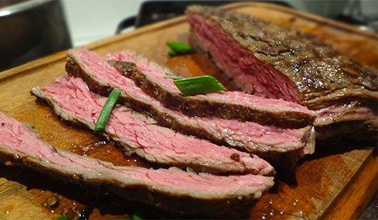 На гриле: скёрт и фланк стейк. Grilled: Flank Steak, Skirt Steak. Как жарить стейк, как мариновать стейк