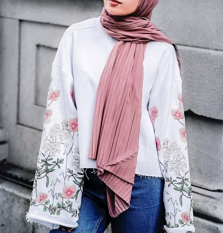 "6,547 Likes, 7 Comments - Hijab Fashion (@hijabfashion) on Instagram: ""@jeeradoesfashion #HFsubmit"""