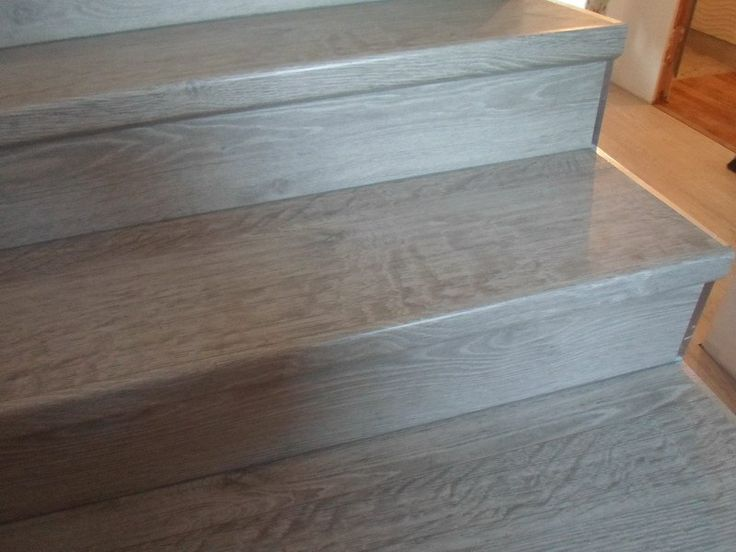 Schody wykonane z paneli Quick-Step - idealnie rozwiązanie by podłoga była spójna również na piętrach :)