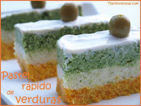 ¿Preparamos una guarnición colorida? Con este pastel rápido de verduras tendrás un plato llenos de nutrientes y color.