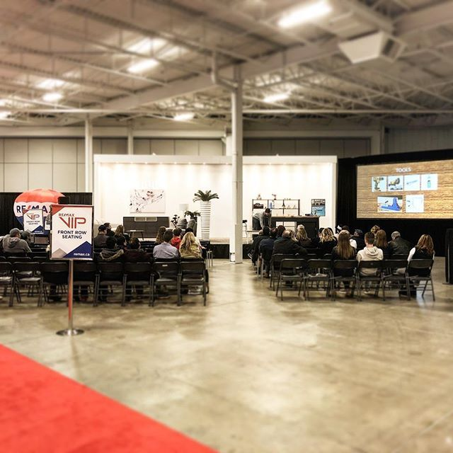 Come out to the @casalifetoronto main stage at the @homeshowsto #gtahomeandrenoshow to hear the @renomark_ca 5 Steps to a Successful #Renovation in 30 min. right after @jordan__spear  #reno #renovate #homeshow #homerenovation #torontolife #homedecor @bildgta
