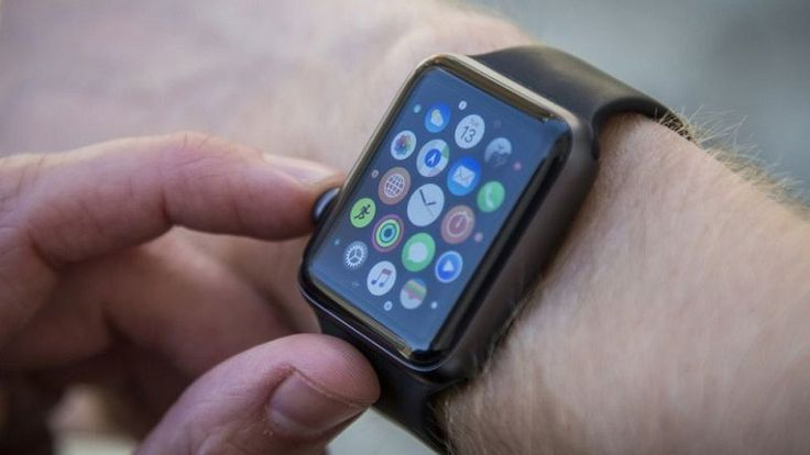 "Apple Watch, iPhone'dan ""kurtuluyor"""